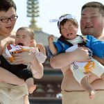 Nakizumo – Baby Crying Sumo Festival Nhật Bản