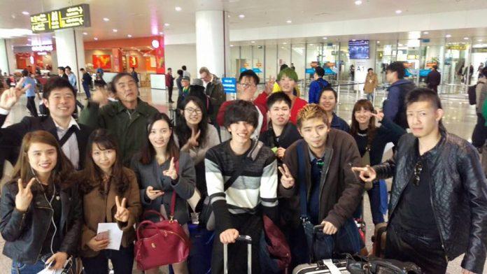 Đại Học Kinh Tế Nagoya trải nghiệm văn hóa tại Việt Nam