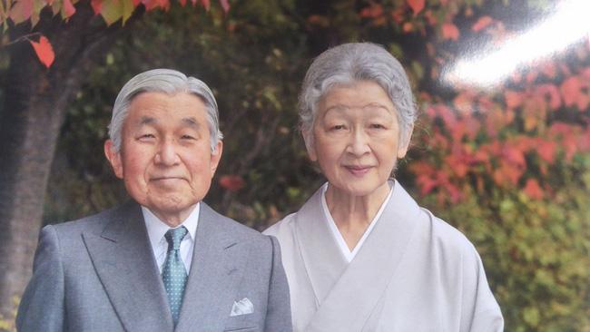 Chuyện tình cổ tích của Nhà Vua Nhật Bản phá bỏ quy tắc Hoàng gia để kết hôn với cô gái thường dân - Ảnh 18.